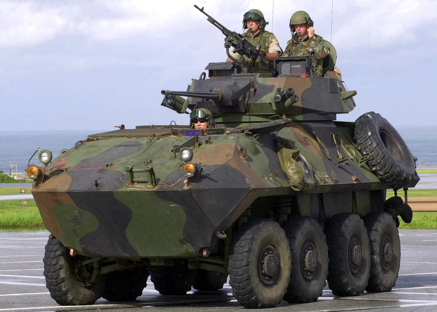 LAV-25 Armored Reconnaissance Vehicle | Military-Today.com