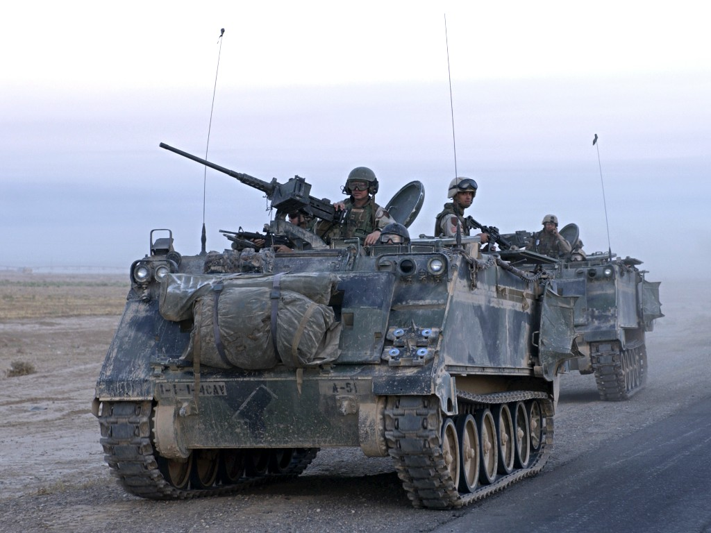 m113 armored personnel carrier rh inetres com M113A3 Dimensions M113 APC