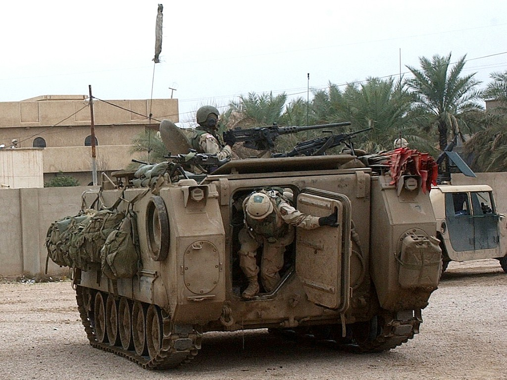 m113 armored personnel carrier rh inetres com M113A3 Vehicle M113A2